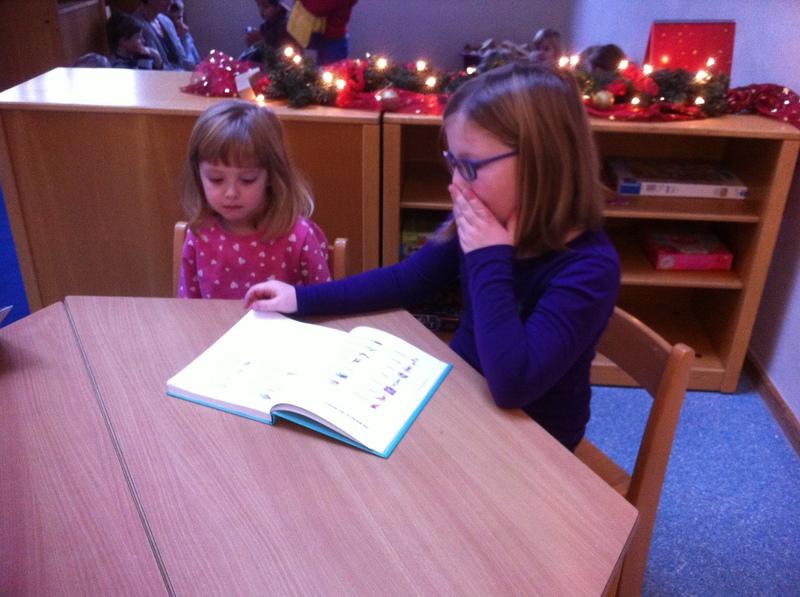 Canisiusschule rheine vorlesen in der kita - Weihnachtsbasteln mit kindergartenkindern ...